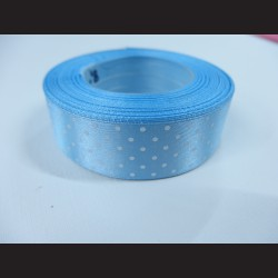 Bledě modrá stuha s bílými puntíky, širší