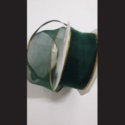 Zelená stuha se zlatým lemem