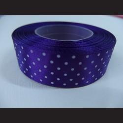 Tmavě fialová stuha s bílými puntíky, širší