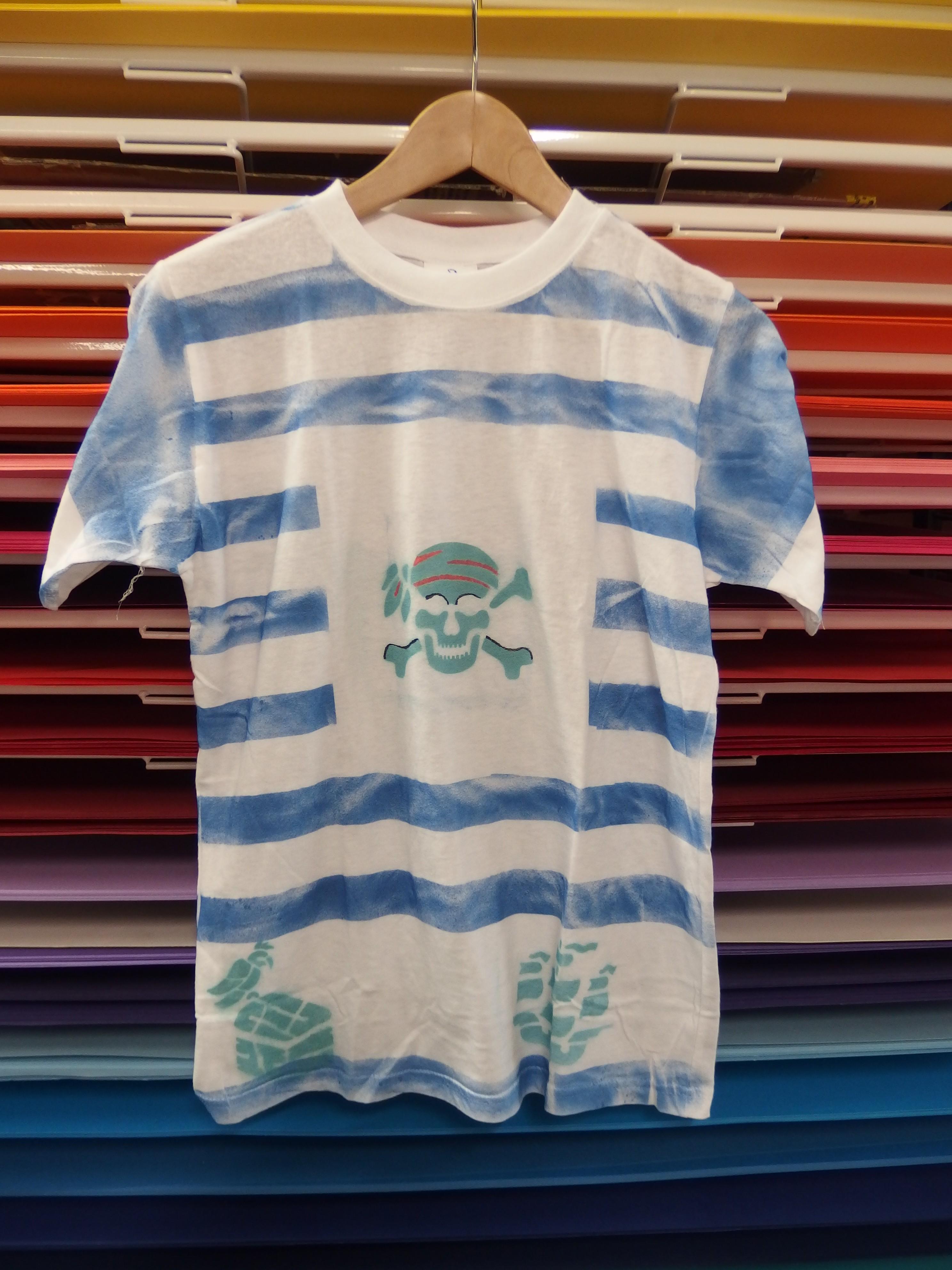 2140910c97f7 Pirátské tričko