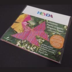 Sada origami papírů motýlci