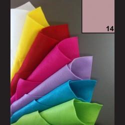 Filc A4 - světle růžový