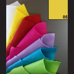 Filc A4 - žlutý