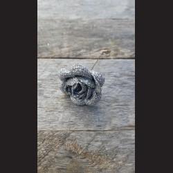 Květ zápich - růže stříbrná glitrová