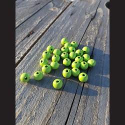 Dřevěné korálky světle zelené 0,8mm-50g vhodné na korálkování, výrobu lapače snů, pedig. Vhodné po děti i dospělé