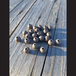 Dřevěné korálky šedé 10 mm-50g vhodné na korálkování, výrobu lapače snů, pedig. Vhodné po děti i dospělé