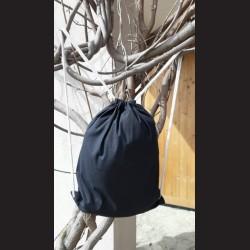Bavlněný vak na záda černý - black se šňůrami. Vhodný k dalšímu dotvoření, např. barvami na textil, vyšíváním aj.
