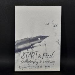 Blok SMLT Art, čárkovaný, 90g, 30xA5, vhodné na kaligrafii, lettering nebo i procvičování rukopisu