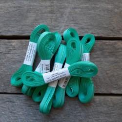 Taftová stuha, mentol. zelená, 4 mm x 10 m, mašle, vhodné pro dekoraci, dárková balení, scrapbooking a další kreativní tvoření.
