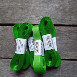 Taftová stuha, jarní zelená, 15 mm x 10 m, mašle, vhodné pro dekoraci, dárková balení, scrapbooking a další kreativní tvoření.