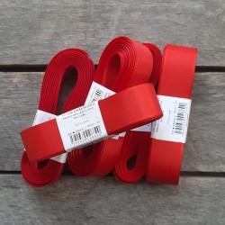 Taftová stuha, červená, 25 mm x 10 m, mašle, vhodné pro dekoraci, dárková balení, scrapbooking a další kreativní tvoření.