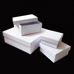 Bílá krabička čtverec - střední, cca 13x13x5,5cm, bílá papírová krabička, dárková krabička