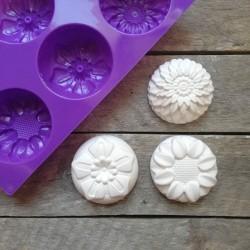 Forma na odlévání, květy, vhodné na odlévání sádry, kreativního betonu, mýdlové hmoty, samotvrdnoucí hmoty nebo poly