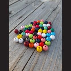 Dřevěné korálky MIX  barev 10 mm-50g vhodné na korálkování, výrobu lapače snů, pedig. Vhodné po děti i do