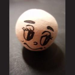 Vatová koule s obličejem