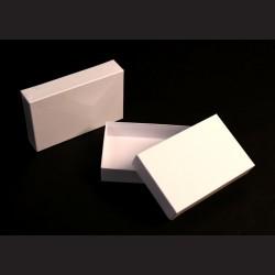 Krabice dárková bílá - 21x32x5 cm